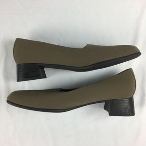 Munro American Strech Fabric Heeled Loafers 8.5 SS